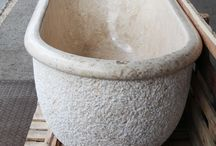 Wanna z marmuru - marmurowa wanna z kamienia / Wanna z marmuru – Marmurowa wanna do łazienki produkowana przez Lux4home™ model Lavare. Wanny z kamienia marmur produkujemy na zamówienie w różnych odcieniach kamienia a rozmiar wanny możemy dopasować do oczekiwań Klienta. Wanny z marmuru – wanny z granitu są lżejsze od wanien z kamienia rzecznego – kamienia polnego. Marmurowe wanny doskonale sprawdzają się w apartamentach jak i hotelach, SPA, innych realizacjach. Wanny z marmuru robimy z jednego bloku kamienia naturalnego. Zapraszamy...