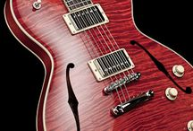 Collings SoCo Deluxe - Faded Cherry Finish