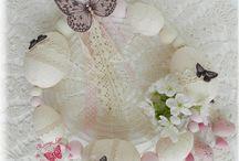 La Ronde des Couronnes / Couronnes de Noël, couronnes de Pâques, couronnes de fleurs...Pour décorer la maison.