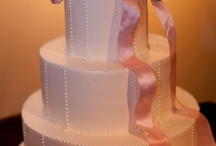 wedding cake cake / by Bernadette Seagrave