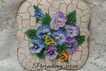 Цветы на пряниках