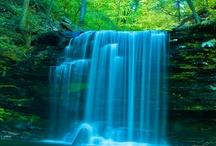 Waterfalls / Photographs of Waterfalls