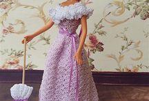 Victorian Fashion Dolls OOAK / Barbie con abiti vittoriani, pezzi unici. One of a Kind Barbies in Victorian Costumes. Handmade crochet, bobbin lace, needlework