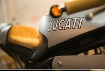 Duc 900ss cafe