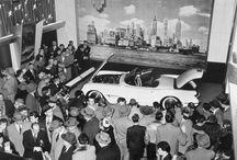 """Chevrolet Corvette """"C1"""" / General Motors Corporation, que creó este deportivo genuinamente estadounidense, con su carrocería de fibra de vidrio y su motor 6 cilíndros en línea derivado de gran serie, el Corvette.   http://motorhistoria.blogspot.com.es/2015/02/chevrolet-corvette-c1-un-nacimiento.html"""
