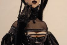 Inspirational sculptures and art dolls. / Sculptures and dolls made by others.