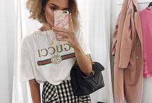 T-Shirt /Gucci