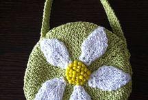 Poseta tricotata