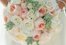 Beautiful Wedding flowers! / What is not to like about these dreamy Wedding flowers?!!!