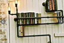 Libreria con tubi