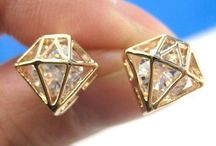 Diamonds are a Girl's Best Friend / Square cut or pear-shaped, these rocks don't lose their shape! / by Sara Chan
