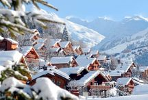 Meribel - 3Vallees (France) / Situated in the heart of the 3Vallees, Meribel is in the prime location to ski and snowboard one of the worlds best high altitude ski networks.