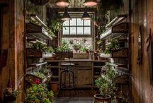 Lovely Garden Sheds / http://dabbiesgardenideas.com/16000-woodworking-plans-review/