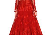 That dress / O'my, breathtaking