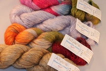 Gorgeous and yummy yarns / by Lucinda Iglesias