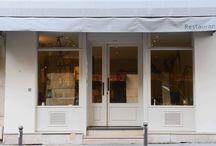 Atsushi TANAKA / レストランAT オーナーシェフ 関西出身。16歳から料理の世界に入り、パリのピエール・ガニェールに師事。 その後、スペインやベルギーなどヨーロッパ各国の名店で修業をした後、 パリに戻り、2014年4月8日にレストランATをオープンした。