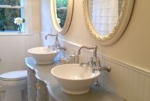 farm house bathrooms / by Chesson Hazlewood