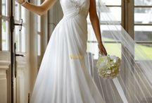 Wedding dress- Esküvői ruhák / Rengeteg esküvői ruha, a hosszútól a rövidig, a tüllöstől a teljesen egyszerűig
