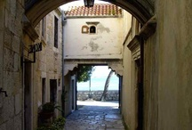 Korcula Honeymoon / Planning a honeymoon or romantic holiday on Korcula Island? We have some lovely accommodation options perfect for two and some great ideas for island romance.