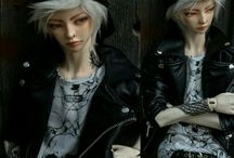 BJD / Ball-Jointed Doll