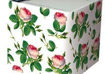 Gaveideer 2015 / Mangler du en god gaveidé til ham, hende eller dig selv. Smag på Bordet har samlet en række gode gaveidéer, tips til indpakning og lykønskningskort.