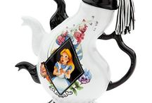 Tea-Party-Pots / Adding an electric tea pot to your kitchen is the perfect way to serve hot tea.