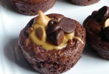 Brownies / Cookie Bars / by Dee Dee