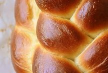 Yummy Breads / by Kristin Winterhoff