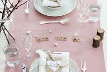 Güzel bir yemek , şık bir masaya oturmakla  başlar...