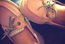 Shoesies / by Brittney Calahan
