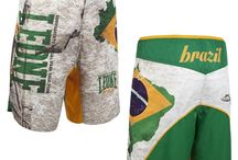 Pantaloncini da MMA Kick e Thai Boxe / Pantalincini e Short della Leone, Venum, Adidas o Vandal pussono essere usati per tutti gli sport da Combattimento come Thai Boxe, Kick Boxing o Muay Thai infatti sono realizzati tutti con gli stessi principi tecnici.