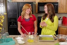 My Craft Channel Six Sisters Show / Join the Six Sisters' as they share their favorite recipes from their blog and cookbooks. This 12 episode series shares quick, simple recipes made from ingredients that are already found in your pantry. Their goal is to help you spend less time in the kitchen, and more time enjoying dinner together as a family.