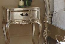 Muebles plata y oro