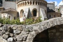 La Vallée de l'Hérault / #Patrimoine et #nature à 25 mn de Montpellier il faut absolument découvrir la vallée de L'Hérault sa #nature, #patrimoine et Saint Guilhem le Désert avec ses rues médiévales, son église romane, lieu magique sur le chemin de Saint Jacques de Compostelle!!