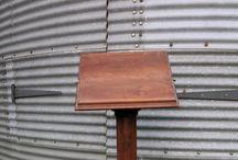 Lecterns, Reading Desks & Missal Stands