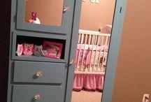 Красим шкаф