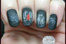 Halloween Nail Art Ideas / Halloween Nail Art / by Pointless Cafe