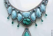 bijoux brodés