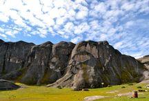 El Místico Marcahuasi / Ubicado en la provincia de Huarochirí, en el Perú, la meseta de Marcahuasi es un atractivo lugar turístico lleno de figuras extrañas y avistamientos de ovnis.
