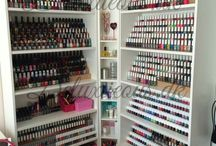 nails storage