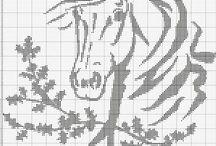 Caballos bordados
