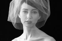 Beautiful veils / Ihanania huntuja