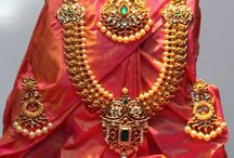 Jewellery / Clothes and jewellery for aarna