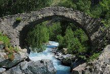 Il suffit de passer le pont ...