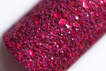 Ultra PixieDust / The Zoya Ultra PixieDust Collection features three red wine shades that are matte, textured and super sparkly! See swatches and nail art pictures here.  / by Zoya Nail Polish