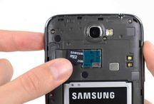 Sustitución de la Tarjeta MicroSD del Galaxy Note 2 / Si queire saber cómo cambiar la tarjeta MicroSD de Galaxy Note 2, siga estos pasos.