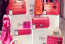 bag display image
