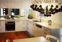 Kitchen / Mirrored splash back