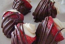 Baking & Desserts / by Kristel Briney