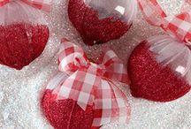 Ornaments / by Deanna Feddern